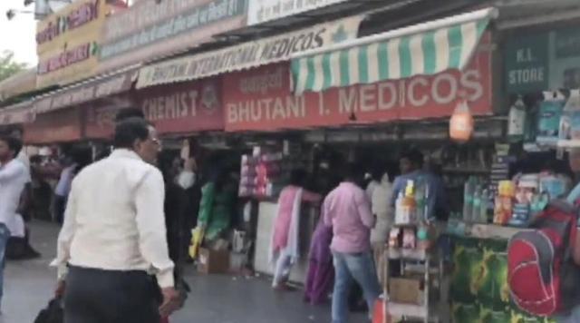 《我不是药神》背后:印度50米街道全是药房,年入10亿