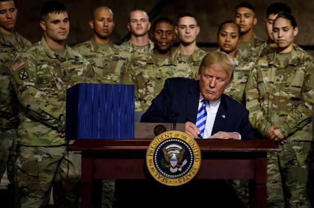 特朗普签署国防法案,华为中兴再次躺枪