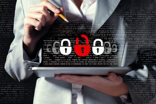 """近日,有微信公众号发长文称""""百度网盘""""并不安全,通过一些""""技巧方法""""可以获取大量用户的信息,包括自愿分享的、非自愿分享的隐私信息。一时之间让众多网友惶恐,再次把网络安全问题送上舆论的风口浪尖。"""