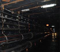 专利- 基于煤与瓦斯突出孕育发展过程的辨识与跟踪预警系统