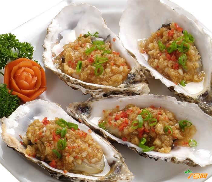 一种牡蛎肉肠生产方法